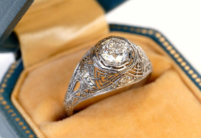 复古订婚戒指