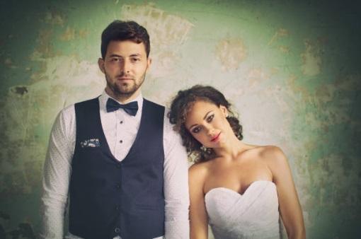 antique wedding couple